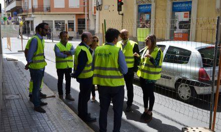 L'Ajuntament de la Vall d´Uixó i Facsa renoven la xarxa d´aigua potable de la Plaça del Centre