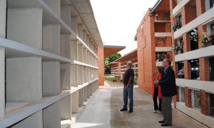Vila-real estrena els 240 nous nínxols de baix cost que permetran allargar la vida del cementeri municipal