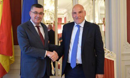 Visita de l'Ambaixador de Suïssa a les Corts Valencianes