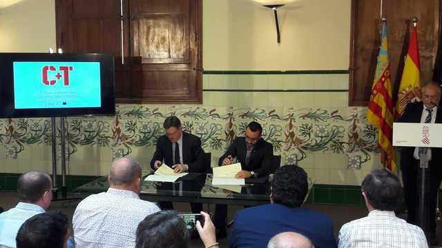 Vila-real signa l'assignació del Programa Operatiu FEDER que servirà per a rehabilitar el Gran Casino i teatre Tagoba