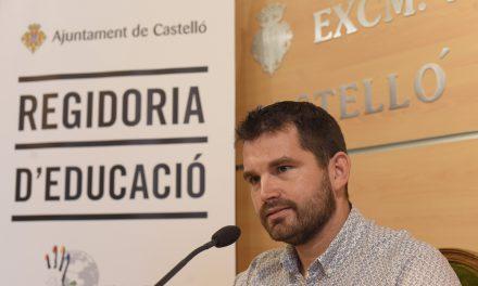 Porcar rep al Real Club Nàutic Caiac de Mar de Castelló