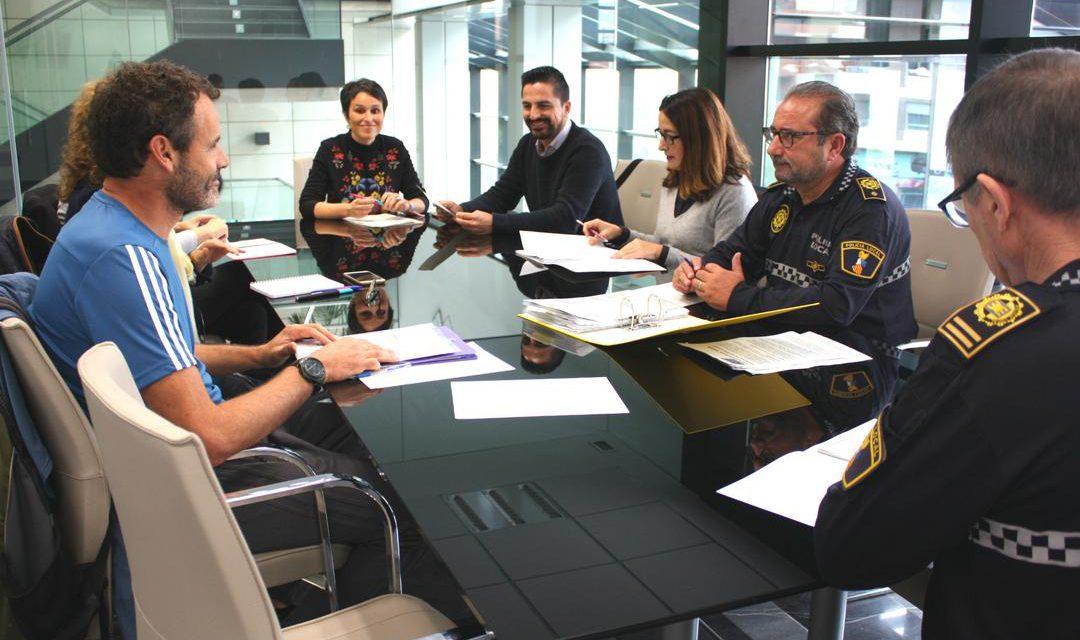 """Almassora emprèn un nou curs de seguretat viària amb l'objectiu de """"fer visibles"""" els menors"""
