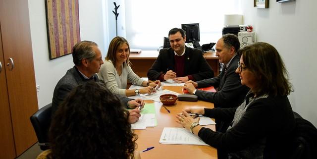 Vila-real i la Cambra de Comerç treballen en un acord de cessió del Viver d'Empreses I a l'ajuntament