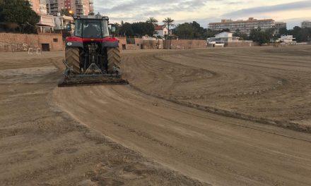 L'Ajuntament mourà més de 200.000 m2 de superfície de platja per a airejar i millorar l'arena