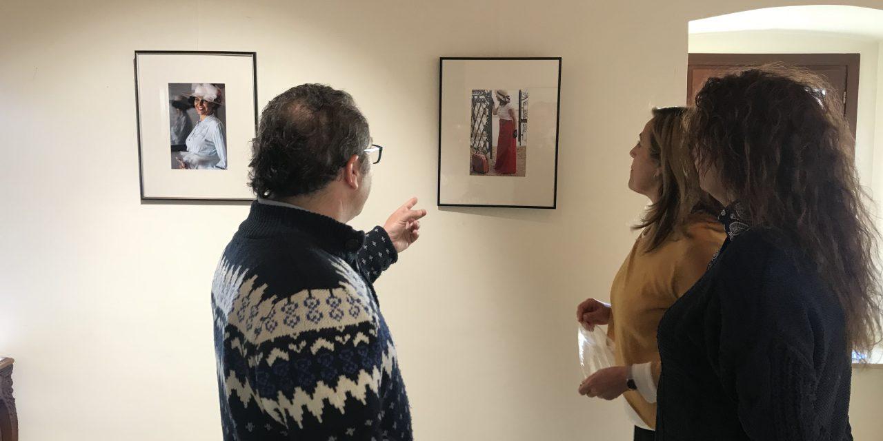 Raúl Viciano obri la seua exposició com a guanyador de la fotomarató de Benicàssim Belle Époque