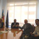 Benlloch signa els primers cinc pisos del banc d'habitatge pont per a situacions d'emergència social de Vila-real