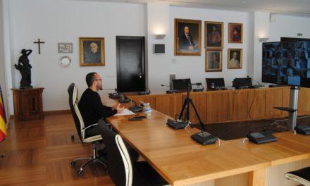 L'Ajuntament de Vila-real redefinirà el pla contra l'absentisme escolar per a actuar davant la nova realitat de la formació a distància