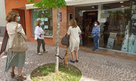 Comerços i locals de menys de 400 metres comencen a atendre clients amb cita prèvia