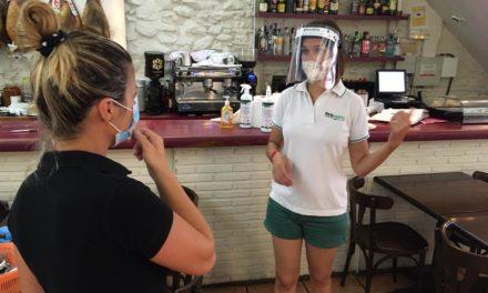 Benicàssim inicia una campanya de reciclatge de vidre en el sector de l'hostaleria