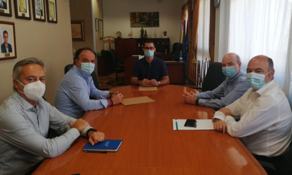 L'Ajuntament de l'Alcora i FACSA inicien un projecte per a buscar restes d'ARN del SARS-CoV-2 en les aigües residuals urbanes