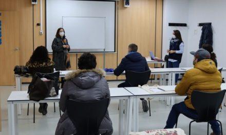 Normalització Lingüística de Vila-real reedita el curs de valencià per a nouvinguts amb totes les mesures de prevenció per la pandèmia