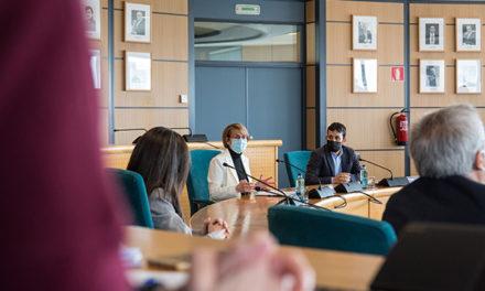 L'UJI i Educació acorden impulsar la creació del Centre d'Innovació Educativa i Tecnologies Digitals