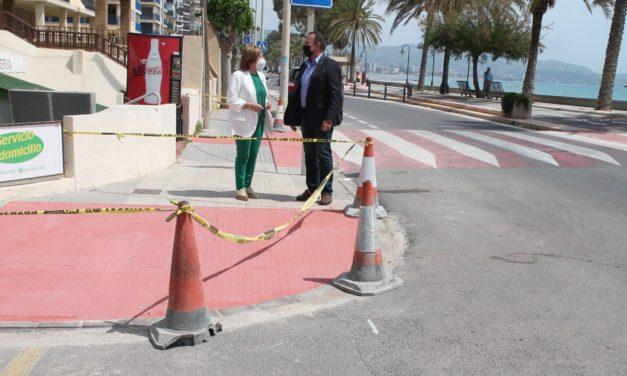 Benicàssim realitza rebaixes en voreres per a millorar l'accessibilitat en la zona sud